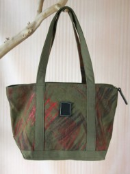elephant-gifts-art-market-bag-green-feature